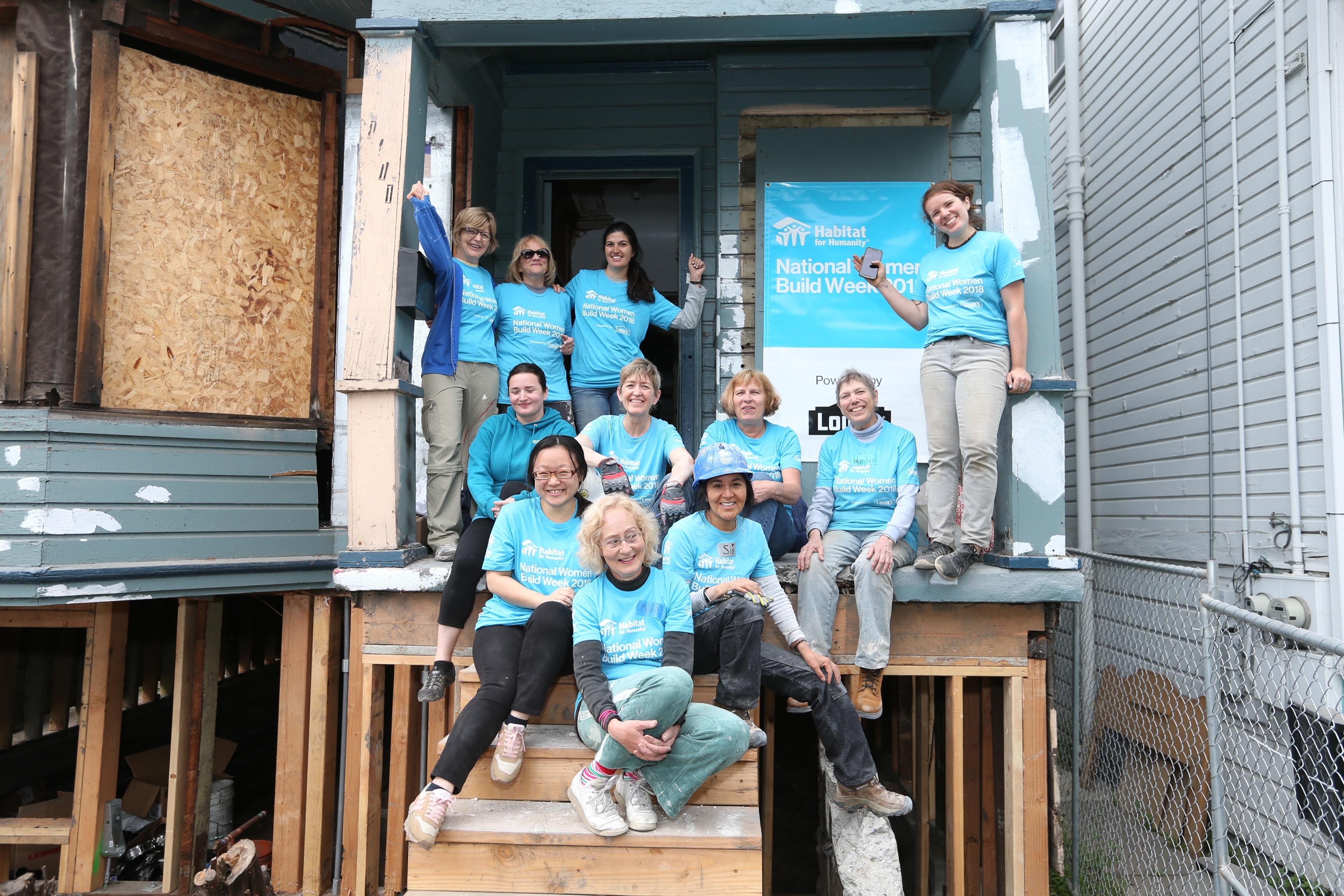 Women Volunteers Build Together