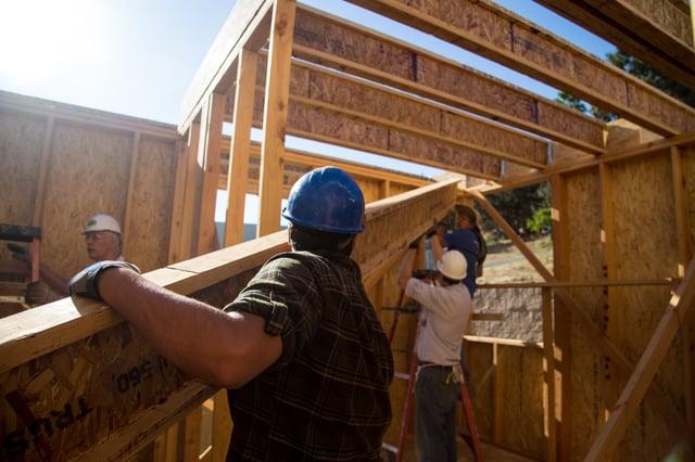 Neighbor to Neighbor Build