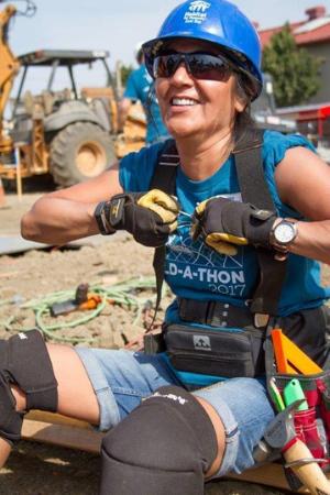 Meet Sis - Womens Crew Volunteer