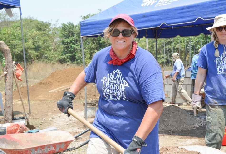 Global_Volunteer Linda-edited-quote.jpg